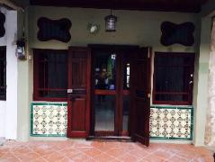 Friendly Green House | Malaysia Hotel Discount Rates