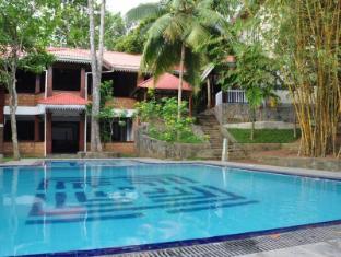 /lv-lv/araliya-villa/hotel/bentota-lk.html?asq=5VS4rPxIcpCoBEKGzfKvtE3U12NCtIguGg1udxEzJ7nKoSXSzqDre7DZrlmrznfMA1S2ZMphj6F1PaYRbYph8ZwRwxc6mmrXcYNM8lsQlbU%3d