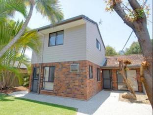 Oceanic 423 Beach House