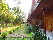 Phou Iu II Bungalow: exterior