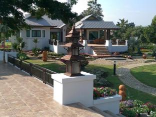 Parinda Garden Resort and Spa