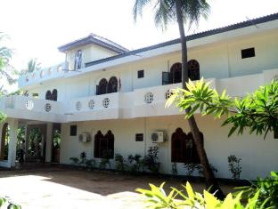 /shivas-beach-resort/hotel/trincomalee-lk.html?asq=5VS4rPxIcpCoBEKGzfKvtBRhyPmehrph%2bgkt1T159fjNrXDlbKdjXCz25qsfVmYT