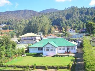 Kumudu Holiday Resorts