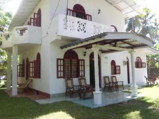/de-de/raveena-home-stay/hotel/hikkaduwa-lk.html?asq=vrkGgIUsL%2bbahMd1T3QaFc8vtOD6pz9C2Mlrix6aGww%3d