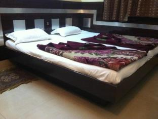 /hi-in/hotel-delhi-darshan-dx/hotel/new-delhi-and-ncr-in.html?asq=jGXBHFvRg5Z51Emf%2fbXG4w%3d%3d