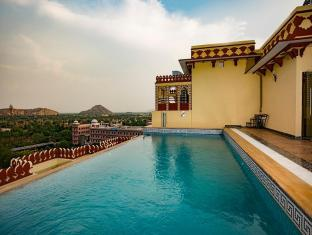 /umaid-haveli-hotel-and-resorts/hotel/jaipur-in.html?asq=jGXBHFvRg5Z51Emf%2fbXG4w%3d%3d