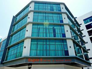 速8巴燕巴鲁酒店