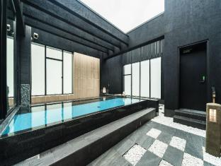 /nb-no/candeo-hotels-fukuoka-tenjin/hotel/fukuoka-jp.html?asq=GzqUV4wLlkPaKVYTY1gfioBsBV8HF1ua40ZAYPUqHSa9J0xC31XBBzuBZ3FoP20YO4X7LM%2fhMJowx7ZPqPly3A%3d%3d