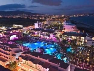 /fi-fi/ushuaia-ibiza-beach-hotel-adults-only/hotel/ibiza-es.html?asq=vrkGgIUsL%2bbahMd1T3QaFc8vtOD6pz9C2Mlrix6aGww%3d