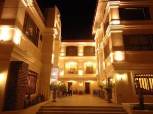 費爾南迪納城飯店