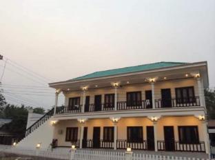 /green-guesthouse/hotel/muang-khong-la.html?asq=jGXBHFvRg5Z51Emf%2fbXG4w%3d%3d