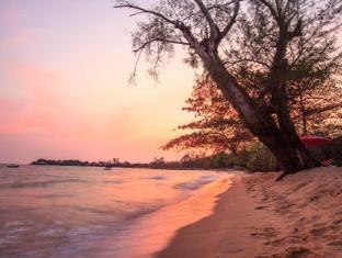 /sv-se/wild-beach-phu-quoc-resort/hotel/phu-quoc-island-vn.html?asq=5VS4rPxIcpCoBEKGzfKvtCae8SfctFncPh3DccxpL0A3w75hoWnWM9qDmK5HDXokUdQjrFVEtg7Sruqj2x0JTNjrQxG1D5Dc%2fl6RvZ9qMms%3d