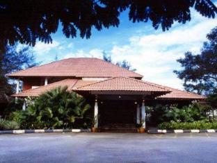M Hamlet Resort