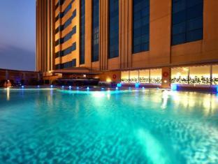 /millennium-hotel-and-convention-centre-kuwait/hotel/kuwait-kw.html?asq=5VS4rPxIcpCoBEKGzfKvtBRhyPmehrph%2bgkt1T159fjNrXDlbKdjXCz25qsfVmYT