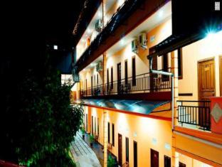 /belitong-inn/hotel/belitung-id.html?asq=jGXBHFvRg5Z51Emf%2fbXG4w%3d%3d