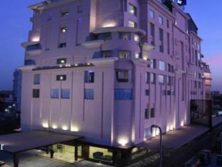 /fr-fr/souvenir-premier-hotel/hotel/jaipur-in.html?asq=vrkGgIUsL%2bbahMd1T3QaFc8vtOD6pz9C2Mlrix6aGww%3d