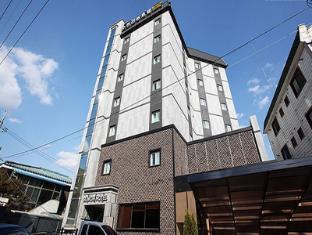 /ca-es/new-suwon-hotel/hotel/suwon-si-kr.html?asq=vrkGgIUsL%2bbahMd1T3QaFc8vtOD6pz9C2Mlrix6aGww%3d