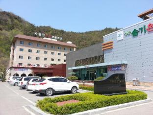 /juwangsan-spa-tourist-hotel/hotel/cheongsong-gun-kr.html?asq=jGXBHFvRg5Z51Emf%2fbXG4w%3d%3d