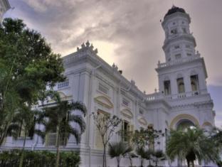 Grand Bluewave Hotel Johor Bahru - Famous Spot - Sultan Abu Bakar Mosque