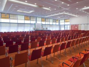 Holiday Inn Berlin Airport Conference Centre Berlin - Ruang Rapat