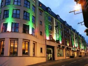 /maldron-hotel-derry-formerly-the-tower-hotel/hotel/derry-londonderry-gb.html?asq=jGXBHFvRg5Z51Emf%2fbXG4w%3d%3d