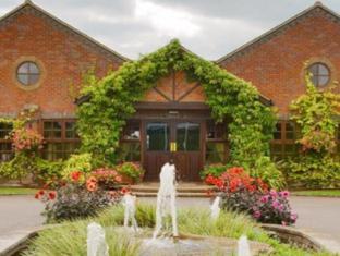 /best-western-plus-magnolia-park-hotel-golf-and-country-club/hotel/ambrosden-gb.html?asq=jGXBHFvRg5Z51Emf%2fbXG4w%3d%3d