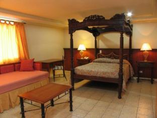 Crown Regency Residences Davao Hotel Davao City - Family Villa