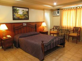 Crown Regency Residences Davao Hotel Davao City - Standard Room