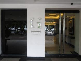G Hotel Manila - Exterior