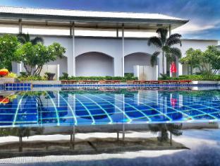 โรงแรมดี วารี จอมเทียน บีช พัทยา พัทยา - สระว่ายน้ำ
