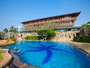 /hi-in/bentota-beach-by-cinnamon/hotel/bentota-lk.html?asq=5VS4rPxIcpCoBEKGzfKvtE3U12NCtIguGg1udxEzJ7nKoSXSzqDre7DZrlmrznfMA1S2ZMphj6F1PaYRbYph8ZwRwxc6mmrXcYNM8lsQlbU%3d
