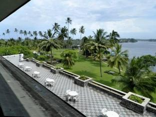 /ro-ro/bentota-beach-by-cinnamon/hotel/bentota-lk.html?asq=5VS4rPxIcpCoBEKGzfKvtE3U12NCtIguGg1udxEzJ7nKoSXSzqDre7DZrlmrznfMA1S2ZMphj6F1PaYRbYph8ZwRwxc6mmrXcYNM8lsQlbU%3d