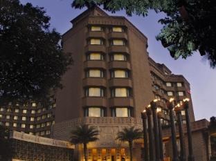 /sv-se/hyderabad-marriott-hotel-convention-centre/hotel/hyderabad-in.html?asq=vrkGgIUsL%2bbahMd1T3QaFc8vtOD6pz9C2Mlrix6aGww%3d