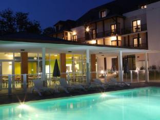 /zenitude-hotel-residences-l-acacia/hotel/lourdes-fr.html?asq=jGXBHFvRg5Z51Emf%2fbXG4w%3d%3d