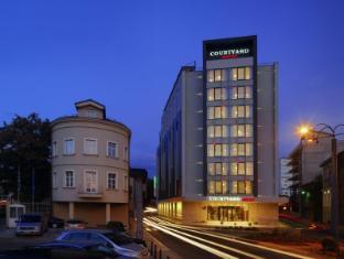 /courtyard-by-marriott-sarajevo/hotel/sarajevo-ba.html?asq=jGXBHFvRg5Z51Emf%2fbXG4w%3d%3d