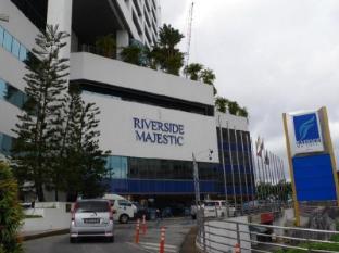 Riverside Majestic Hotel Kuching - Exterior