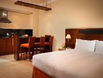 Rimal Rotana Hotel: guest room
