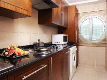 Rimal Rotana Hotel: kitchen