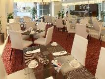 Rimal Rotana Hotel: coffee shop/cafe