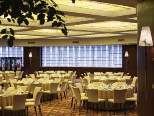 Pullman Shanghai Skyway Shanghai - Restaurang