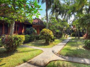 Ida Hotel Bali - Garden