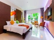 Grand Deluxe Double or Twin Room with Pool View