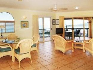 Toscana Village Resort Isole Whitsunday - Interno dell'Hotel
