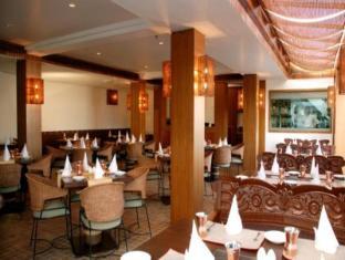 ホテル パレス ハイツ ニューデリー&NCR - レストラン