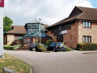 /sl-si/mercure-hatfield-oak-hotel/hotel/welwyn-garden-city-gb.html?asq=jGXBHFvRg5Z51Emf%2fbXG4w%3d%3d