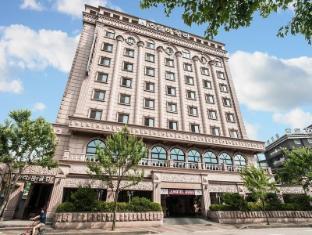/aura-hotel/hotel/ansan-si-kr.html?asq=jGXBHFvRg5Z51Emf%2fbXG4w%3d%3d