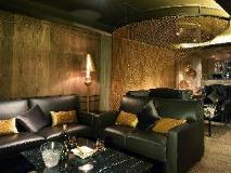 Walden Hotel: pub/lounge