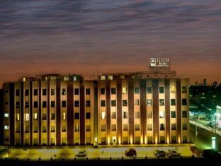/sv-se/siesta-hitech-hotel/hotel/hyderabad-in.html?asq=vrkGgIUsL%2bbahMd1T3QaFc8vtOD6pz9C2Mlrix6aGww%3d