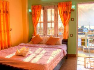 /hotel-atrium/hotel/pokhara-np.html?asq=jGXBHFvRg5Z51Emf%2fbXG4w%3d%3d