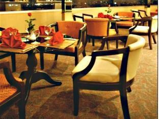Grande Ville Hotel Bankokas - Restoranas